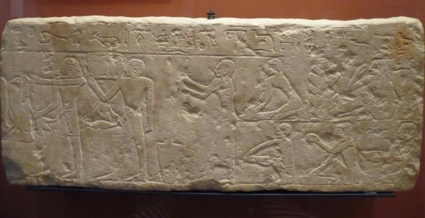 Panaderia (6ª dinastia, 2350-2200 av.J.-C.): mujer moliendo el grano, obreros moliendo la harina, amasando la masa y cociendo el pan